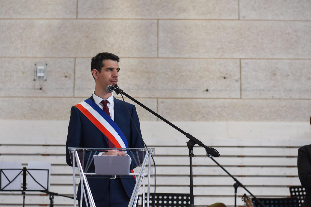 Discours De M. Le Maire