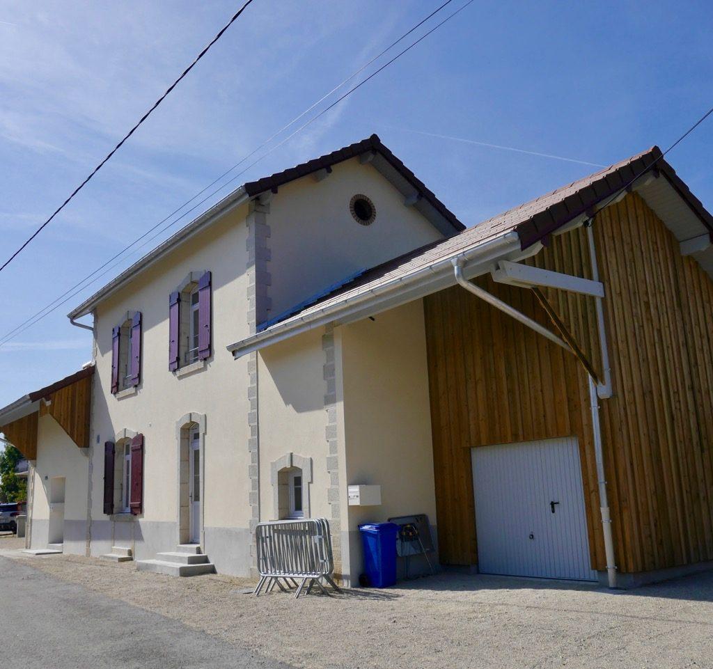 L'ancienne Gare Rénovée Et Agrandie, Côté Rue