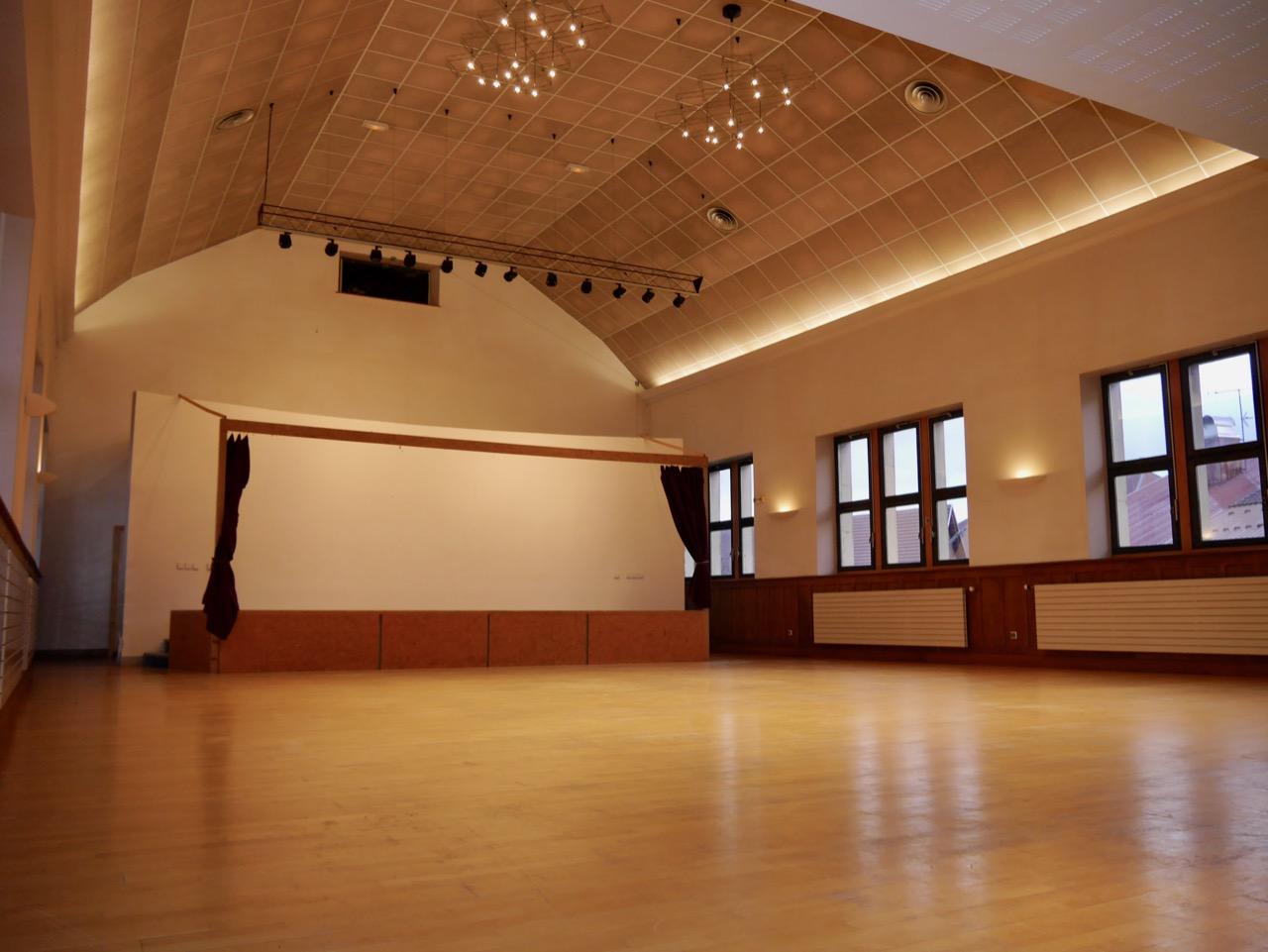 Salle des fêtes - Grande salle
