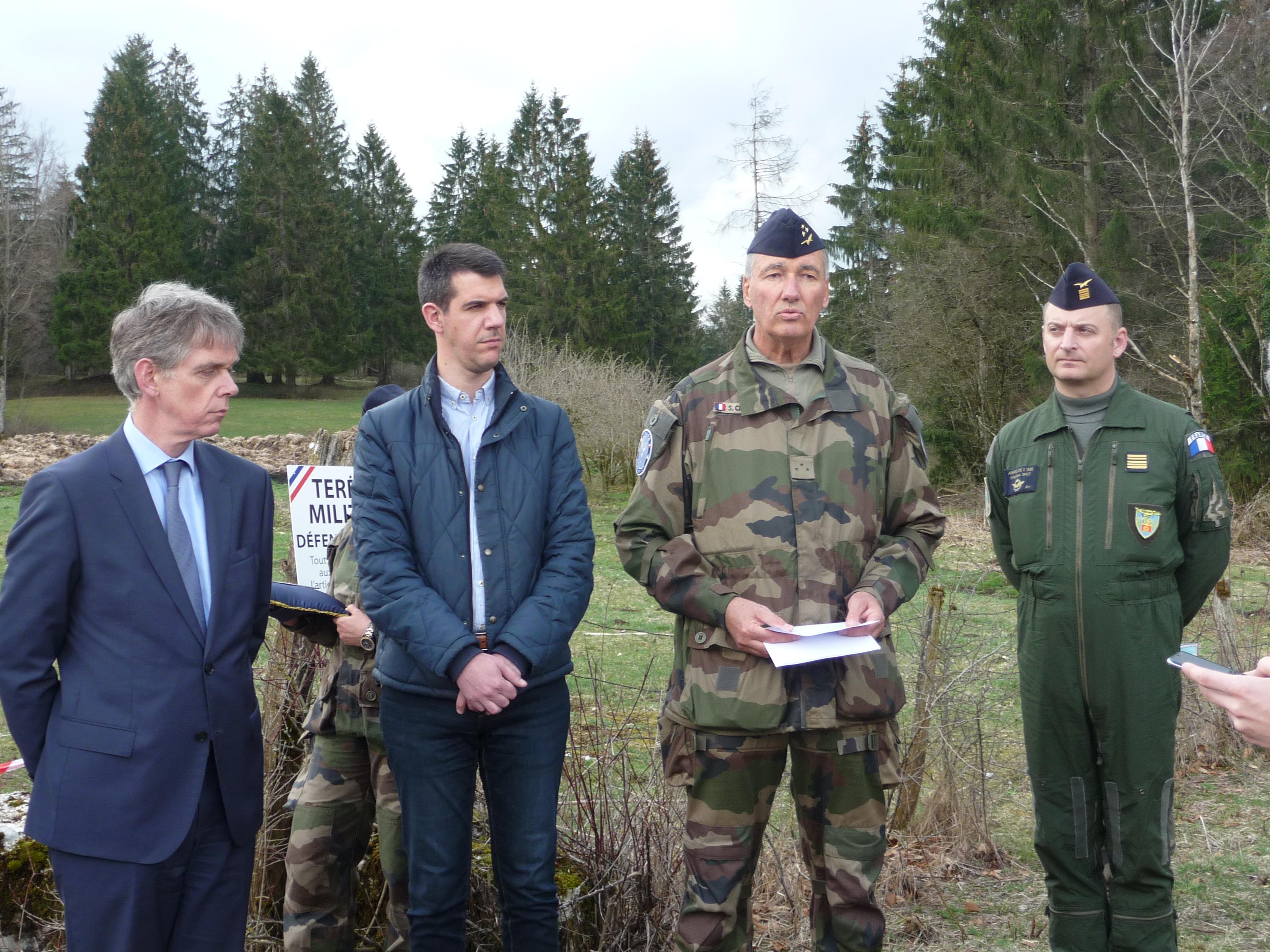 Les Autorités Civiles Et Militaires Ont Levé La Zone Militaire Temporaire