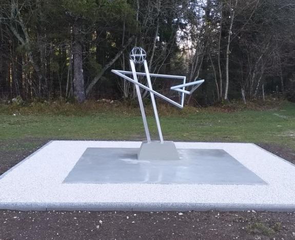 Stèle Commémorative : Inauguration Le 11 Janvier
